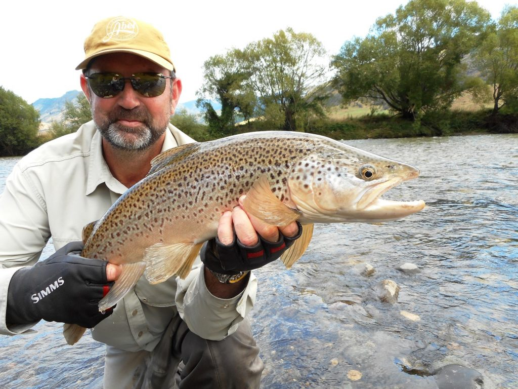 fly_fishing_dry_fly_NZ, Owen River Lodge, South Island, New Zealand